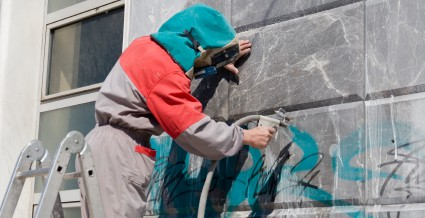 Graffiti Removal And How Reduce The Cost Of This Vandalism in Phoenix